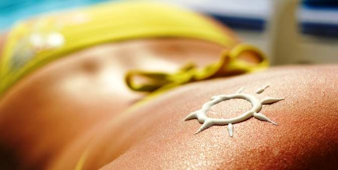 11 ways of treating sun tan at home