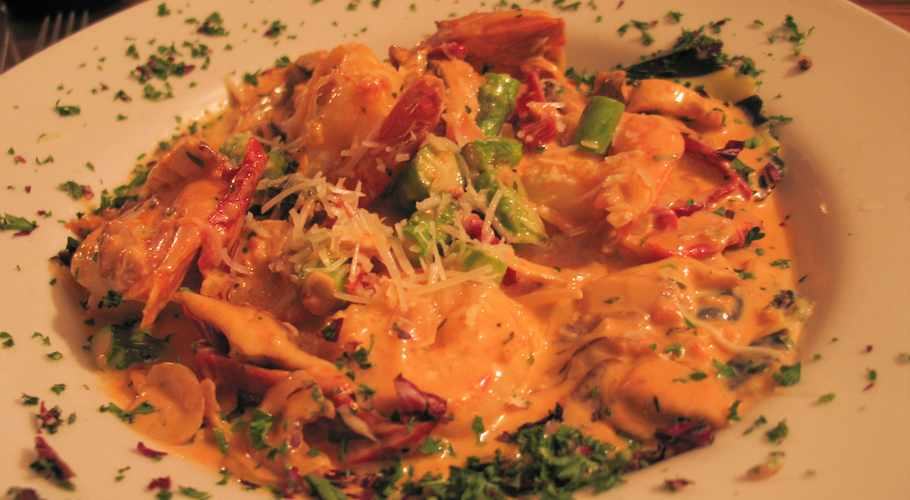 Do you know what sauce for Lobster Ravioli? How to make?