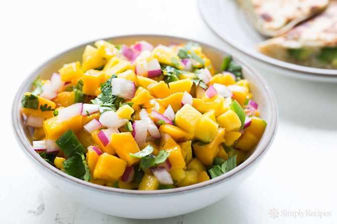 Enjoy the Authentic Taste of Delicious Mango Salsa Reciepe