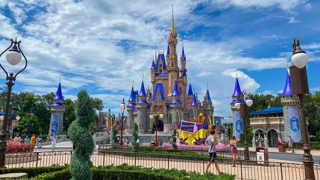 Know Everything About Park At Disney World & Parking Facilities For Guests