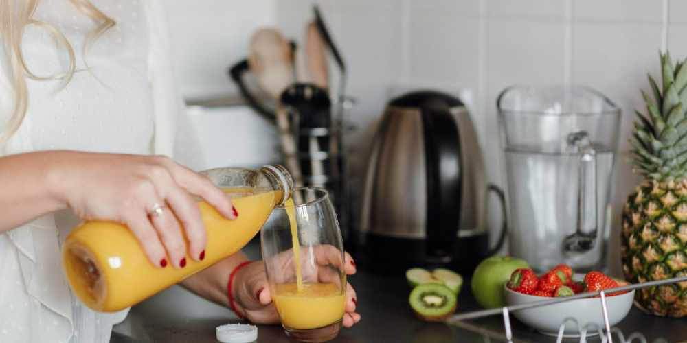 Top 15 Benefits of Drinking Pineapple Juice for Health and Beauty